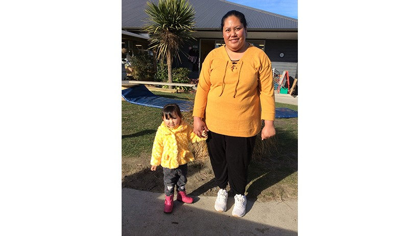 Children and teachers at Little Wonders Oamaru childcare supporting Daffodil Day